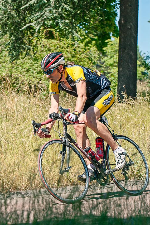 Pat' , co-fondateur de la société de coursier Urban cycle, fait parti des 3 courageux ayant roulé les 9h en solitaire.